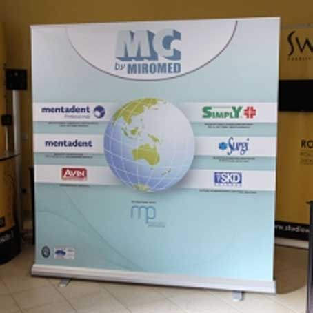 200cm x 200cm Roll up Stand Printing